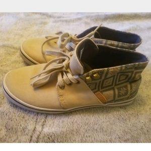 VANS Tsn Aztec High Tops Size 6